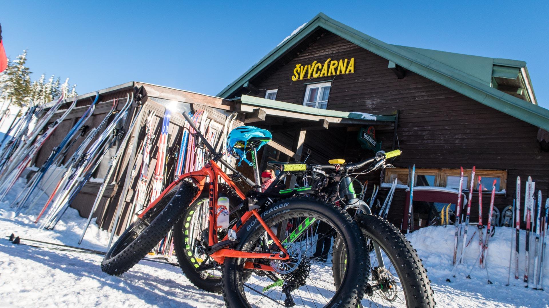 Fat bike pod Svycarną.